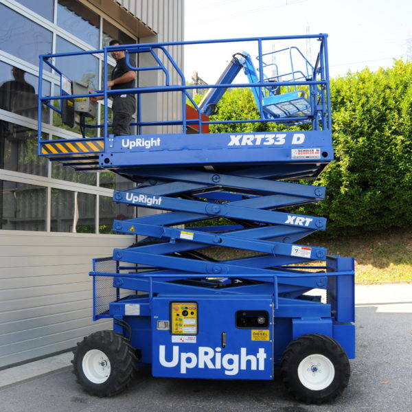 UpRightXRT33 D